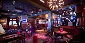 The Golf Tavern, Pub