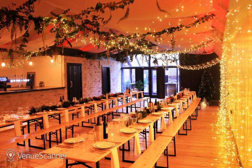 Hire London Fields Arches Light Arch