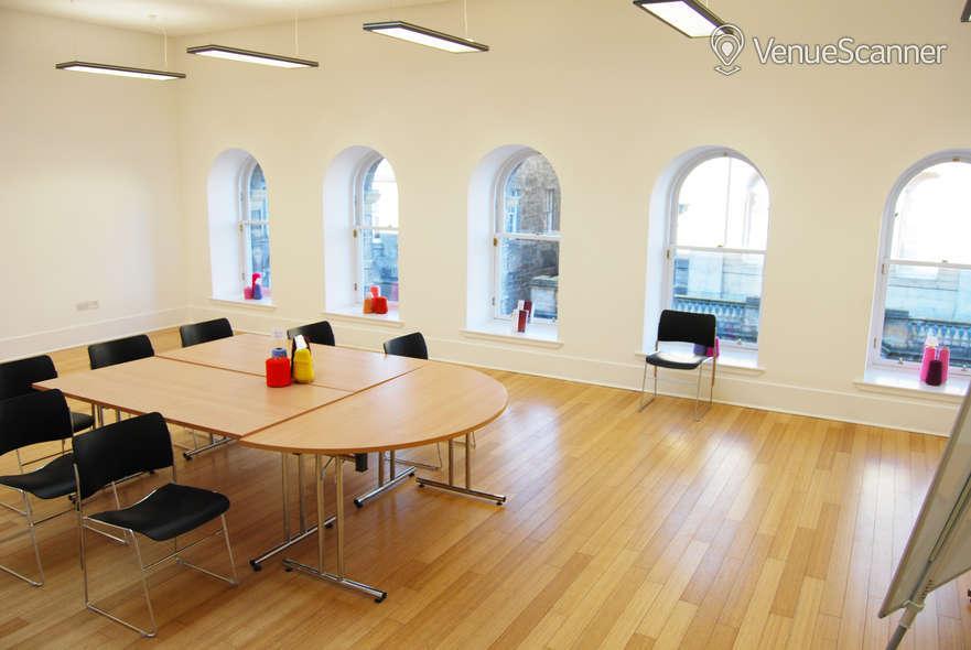Hire Dovecot Studios Meeting Room