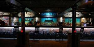 Graffiti, Whole Venue