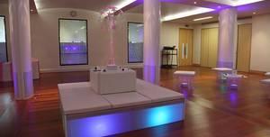 Rooms on Regents Park, Reception Hall