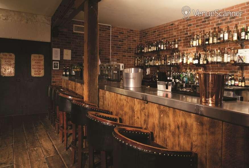 Hire Hotel Du Vin & Bistro Lanson 7