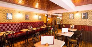 Ma Boyle's, The Lounge