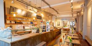 Notes Coffee Roasters & Bars - Trafalgar Square, Full Venue