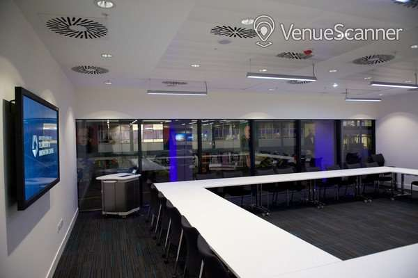 Hire University Of Strathclyde Conference Room 3