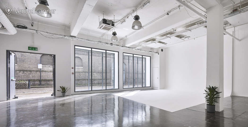 Hire Studio Spaces White Studio