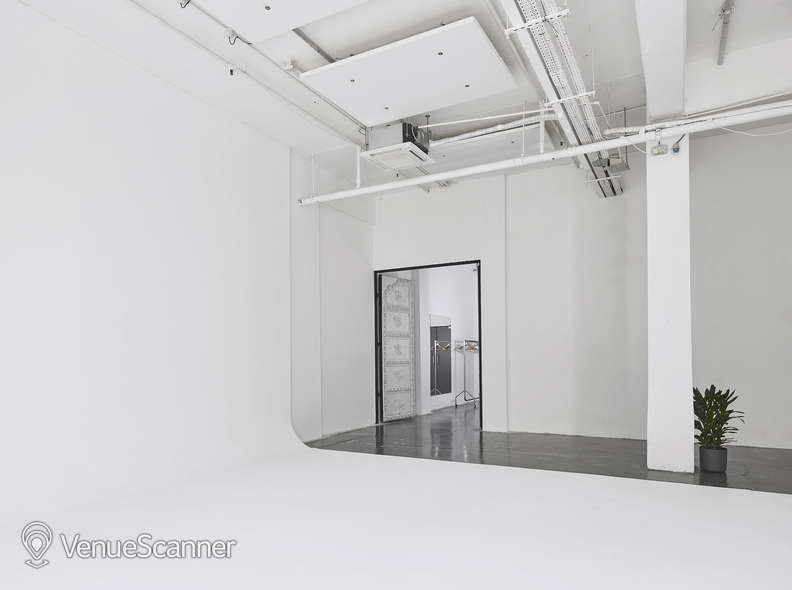 Hire Studio Spaces White Studio 1