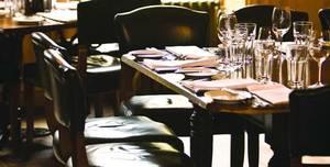 Hotel du Vin Winchester, Bistro, Bar & Courtyard