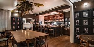 Chelsea Fun House, Chelsea Black - Private Bar