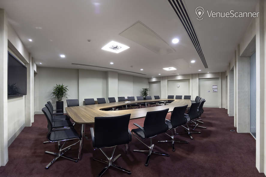 Hire Regus London Lombard Street 12