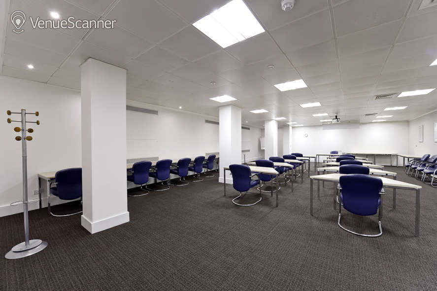 Hire Regus London Lombard Street 4