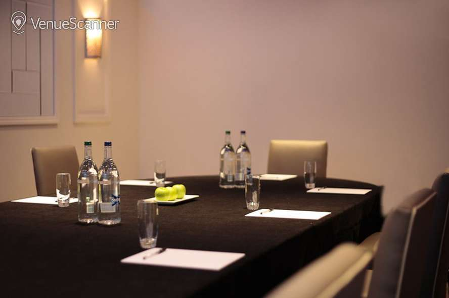 Hire Blakemore Hyde Park Hotel Drysdale 6
