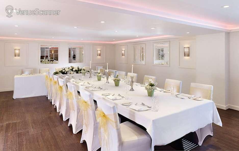 Hire Blakemore Hyde Park Hotel Drysdale 7