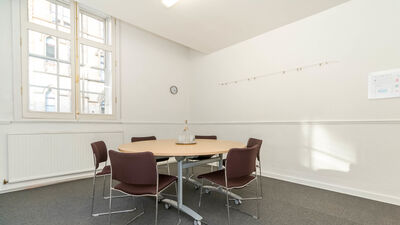 Friends' Meeting House Manchester, Meeting Room F14