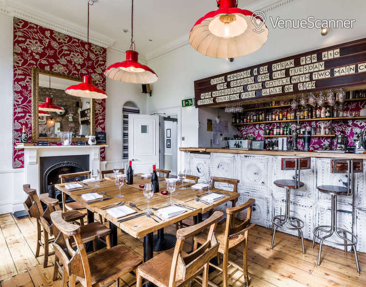 Hire  No.4 Clifton Village The Galley 9