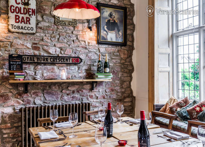 Hire  No.4 Clifton Village The Galley 13