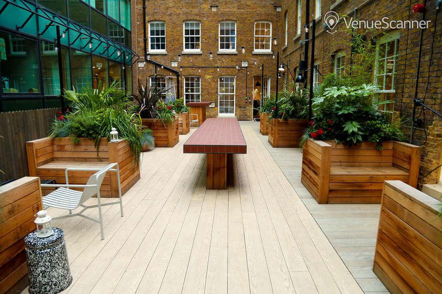 Hire Wimpole Street Lounge + Courtyard