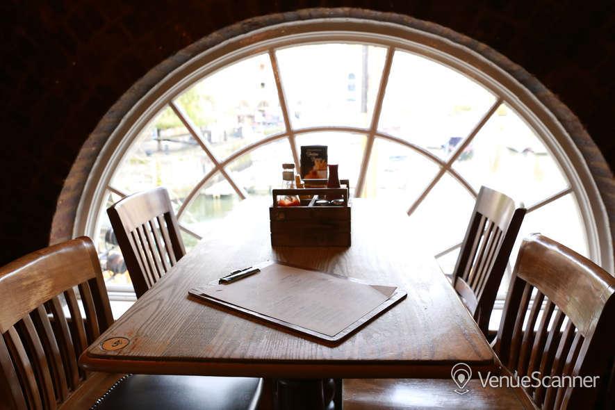 Hire The Tavern Bar / The Dickens Inn The Tavern Bar 3