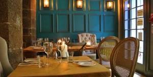 Maison Bleue, Restaurant