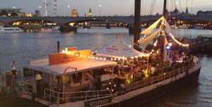 Bar&co, Entire Boat