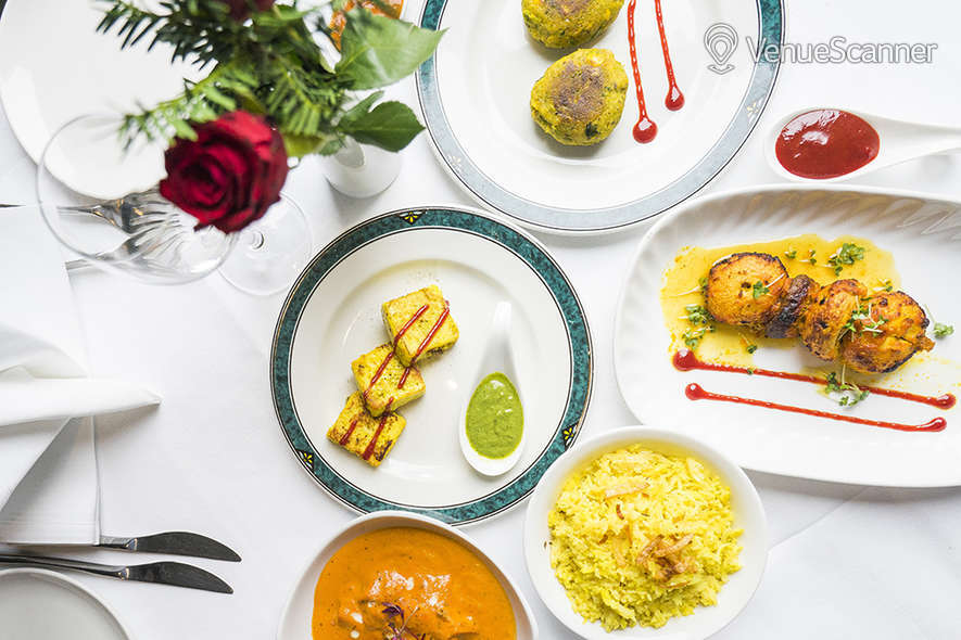 Hire Mumbai Diners' Club Restaurant Private Dining Room 4