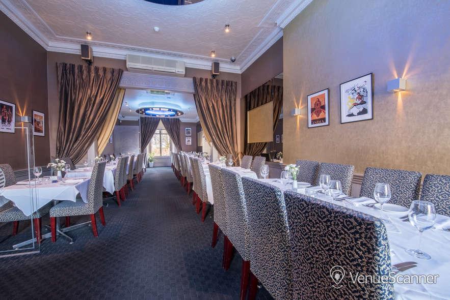 Hire Mumbai Diners' Club Restaurant Main Lounge 8