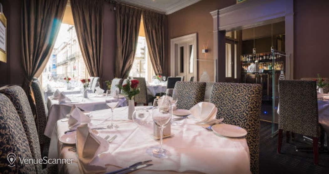 Hire Mumbai Diners' Club Restaurant Private Dining Room 16