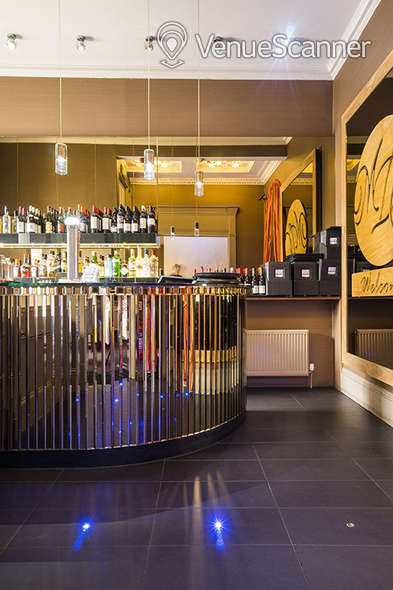 Hire Mumbai Diners' Club Restaurant Main Lounge 2