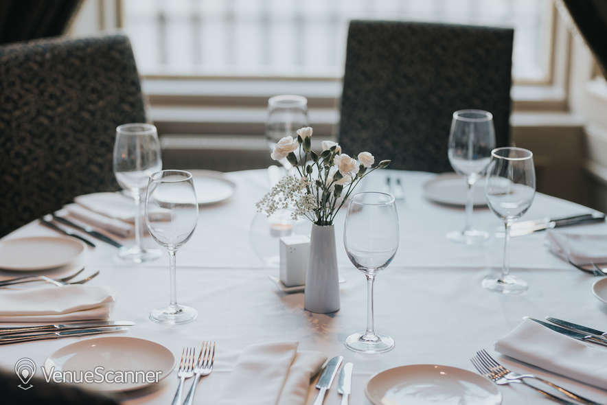 Hire Mumbai Diners' Club Restaurant Main Lounge 12