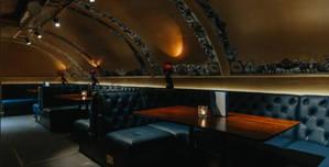 The Escapologist, Full Venue