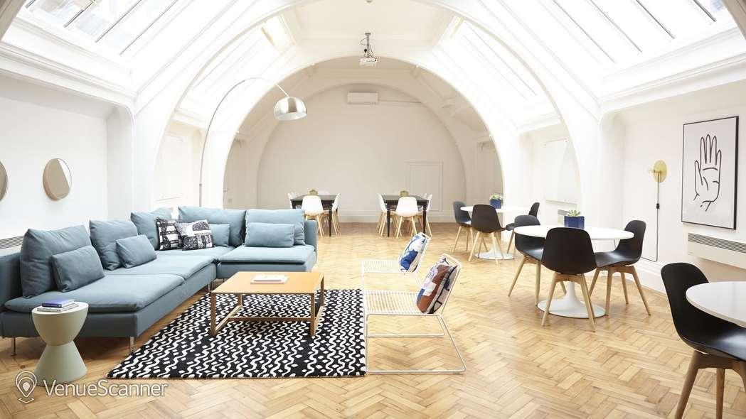 Hire Breather Staple Inn Buildings Space 3