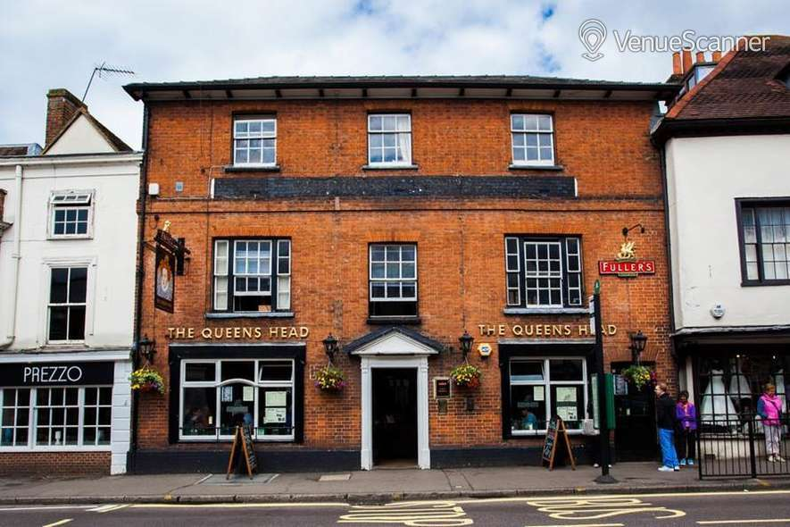 Hire The Queen's Head Exclusive Hire 3