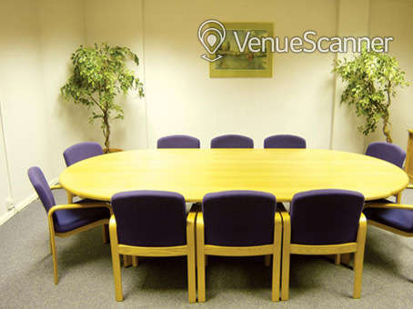 Hire Regus London Wall Meeting Room 1