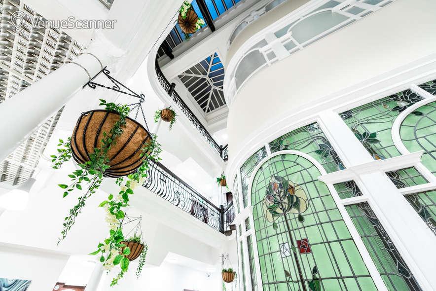 Hire Fm Living - Aparthotel The Atrium 4