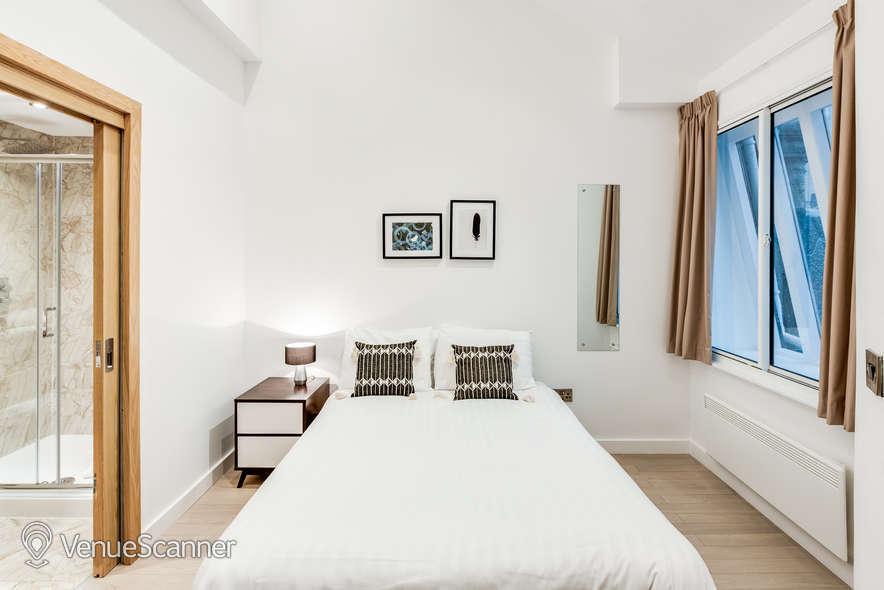 Hire Fm Living - Aparthotel The Atrium 3