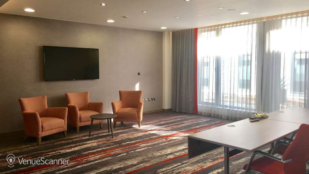 Hire Clayton Hotel Chiswick Devonshire Suite