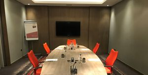 Clayton Hotel Chiswick, The Boardroom