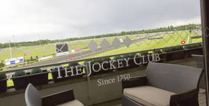 Kempton Park Racecourse, The Clubhouse