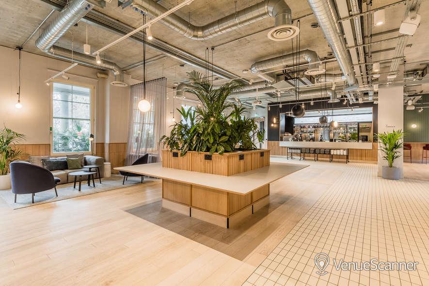 Hire Thomas House Lounge/bar/terrace 3