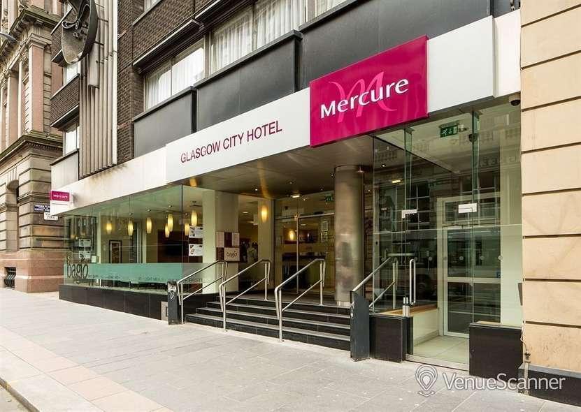 Hire Mercure Glasgow City Hotel Banker Suite 1