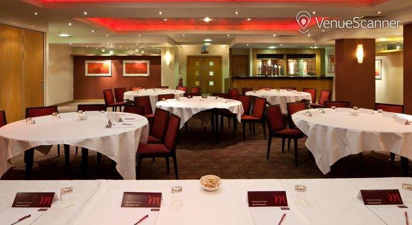 Hire Mercure Glasgow City Hotel Banker Suite 3