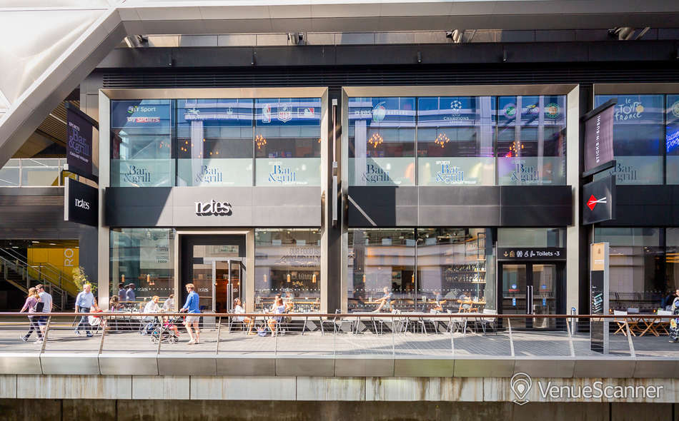 Hire Notes Coffee Roasters & Bars - Canary Wharf Full Venue W/ Outdoor Space 2