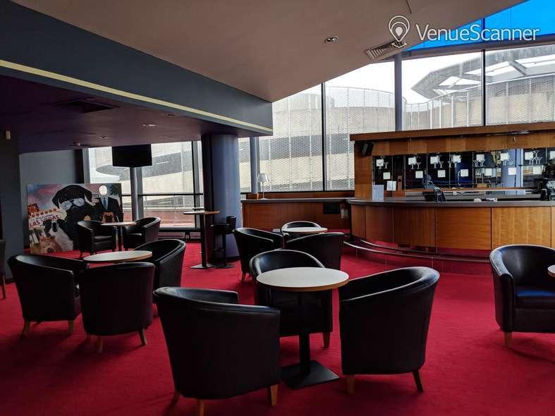 Hire Cineworld Cardiff Screen 1 - 124 Seats 1