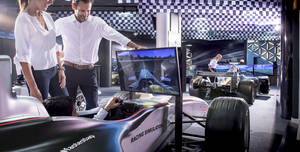 Mercedes - Benz World, F1 Simulator Zone