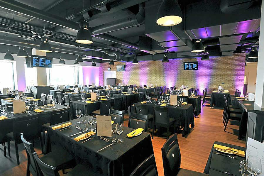 Hire Molineux Stadium Wv1 Restaurant Venuescanner