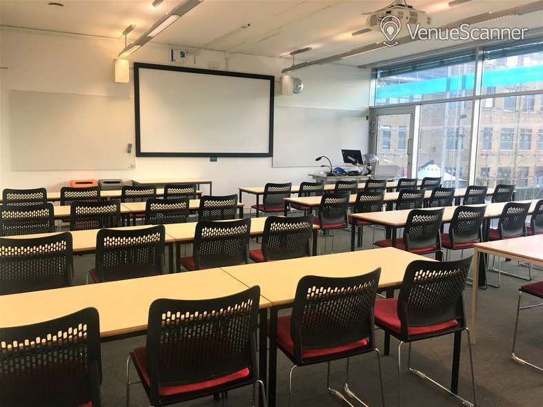 Hire Anglia Ruskin University Large Classrooms 1