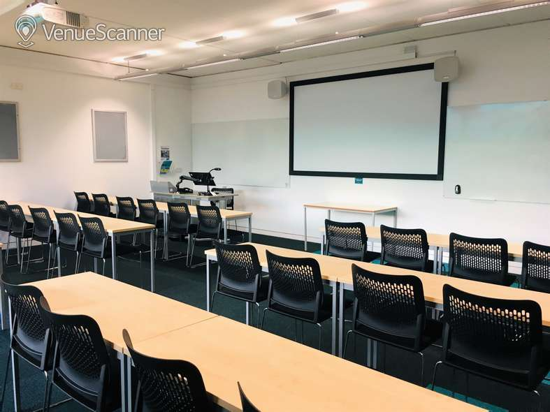 Hire Anglia Ruskin University Small Classrooms
