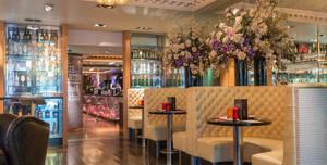 Le Monde Hotel, Le Monde Bar