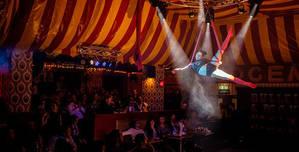 Aeronaut, Circus Room