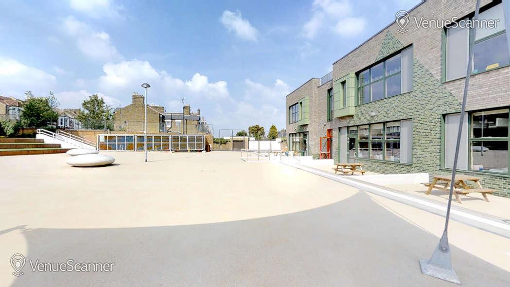 Hire Ivydale School Outdoor Space (Astro)